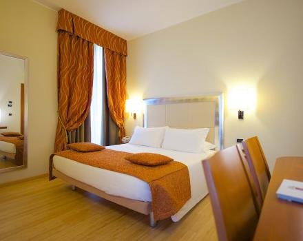 Book your 4 star hotel in Turin near the Porta Nuova station