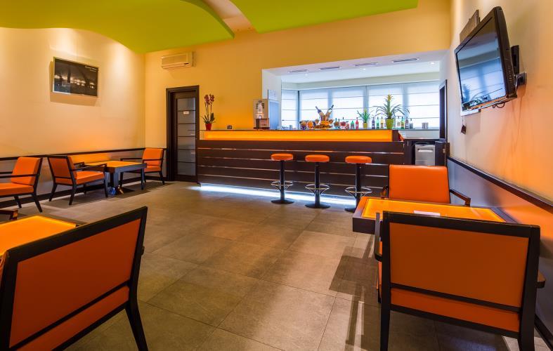 Servizi hotel 4 stelle vicino stazione porta nuova torino for Prenota ritiro permesso di soggiorno