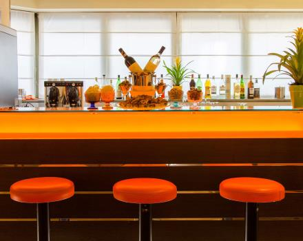 L'elegante Bar all'interno del Best Western Crystal Palace Hotel a Torino